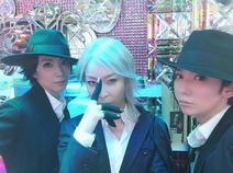 真琴つばさ、真矢ミキらの男装3ショットに「なんと豪華」「カッコイイーーー!!!」の声