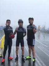 声優・野島裕史雨の富士山での自転車ロードレースに参加! 気になる天候対策は…?