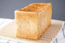 厚切りトーストやバインミーなどが1時間待ち!行列のできるパンたちの人気の秘密って?