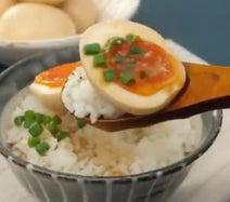 ゆで卵が飯泥棒になるレシピ「旨辛にんにくみそ味玉」が話題に「素材がすでに美味そう」