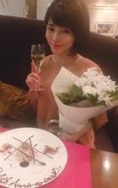 釈由美子、4年目の結婚記念日を家族で祝う「この幸せがずっと続きますように。。」