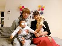 本田朋子アナ、1歳になった息子の誕生日祝い「子供の成長は目まぐるしいですね!」