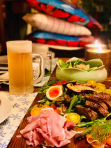 LiLiCo、夫・小田井涼平のために急いで用意した夕食メニューを公開「手抜き感満載」