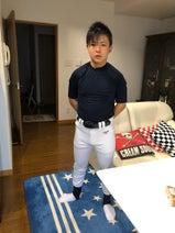 ジャガー横田、息子・大維志くんの近況を報告「バットで素振りしてます」