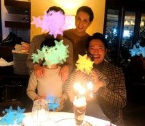 政井マヤ、夫の誕生日を家族でお祝い「貴重な家族写真も撮っていただきました」