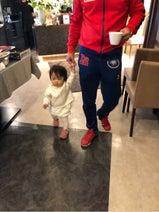 大渕愛子弁護士、子ども達と夫・金山一彦の見送りへ「相変わらずふざけていました」