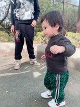 """川崎希、""""全身GUCCI""""コーデの息子「ついつい買っちゃうんだ」"""