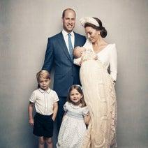 キャサリン妃ご一家、クリスマスカードでチャールズ皇太子ご夫妻とシンクロ!