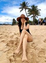 早見優、ハワイのビーチで水着ショットを公開「スタイル抜群!」「素敵です」の声
