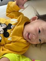 パンサー尾形の妻、午前3時に目覚めた娘「こやつは 今日も元気です。笑」