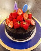 みきママ、夫のバースデーケーキを手作り「素敵」「めちゃ美味しそう」の声