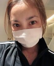 瀬戸朝香、約1か月半ぶりのブログ更新で手作りマスク公開「ミシンを出して作ってみました」