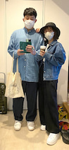 あべこうじ、妻・高橋愛と偶然お揃いになった服装「しめしあわせてないよ」