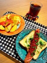 """小川菜摘、""""ボリューミー""""な朝食のレシピを公開「トーストで応用」"""