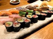 """ニッチェ・江上、ずっと見てしまう""""お寿司""""の写真「天国はここにあった」"""