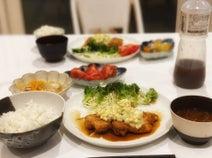 ダルビッシュ有の妻・聖子、夕食の写真を公開「美味しそう」「お皿も素敵」の声