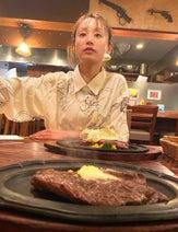 """高橋愛、夫・あべこうじと""""有意義""""なディナーを堪能「たまらんのですわ」"""