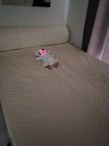 """菊地亜美、夫に""""遊ばれた""""娘を公開「私たちのベッドにポツンと1人」"""