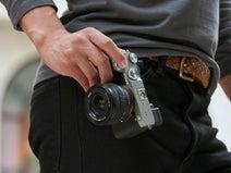 世界最小・最軽量システムを実現! ソニー、フルサイズミラーレス一眼カメラ「α7C」を発売