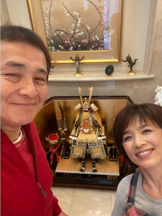 渡辺徹、妻・榊原郁恵と33回目の結婚記念日「よく一緒にいてくれました ...