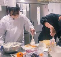 吉木りさ、夫・和田正人と娘1歳の誕生日ケーキ作り「夫婦で久しぶりに共同作業」