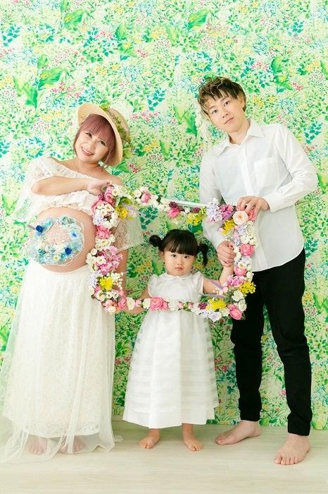 浜田ブリトニーの夫・いわみん、妻の3Dマタニティペイントを披露「神々しすぎる」