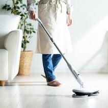 立ったまま床の水拭きができる!サンワサプライ、電動モップ