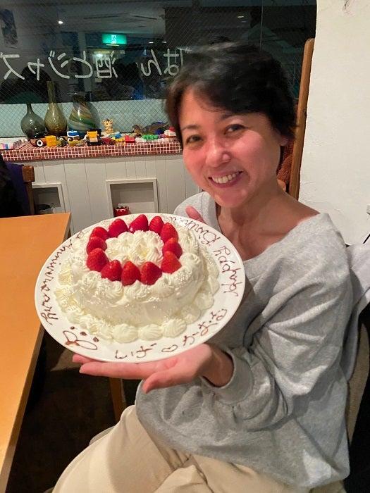杉田かおる、結婚記念日を迎え夫に感謝「主婦業もあってたみたい」