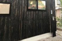 外壁を無垢材にしたら、台風で2年続けて破損。素材選びは環境を考えて!