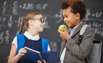 小学校英語で重点的に学ぶことは「英語で話すこと」「英語を聞くこと」 評価の方法は?【2020年度小学校英語教科化】