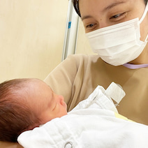加藤夏希、次男を病院に残し先に退院「首を長くして待っているよ」