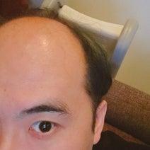 トレエン斎藤、髪の色を暗く戻した理由「僕の中の真面目が火を吹いて」