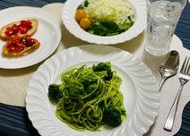 薬丸裕英、誕生日ディナーを披露「妻と子供達が作ってくれた」