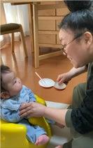 ニッチェ・江上、離乳食に初挑戦した息子の反応「あげる方も楽しいな」
