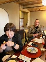 川崎希、母親とバツ5の父親の2ショットを公開「かなりキャラ濃いめ」
