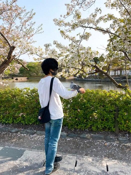 奥山佳恵、彼女とデート中の長男の姿に「さすが空飛ぶ魔法使い!」