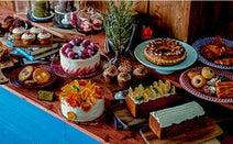 海外テイストの空間で色とりどりのスイーツを。パティスリー併設のカフェ「CROSSROAD」が青山にオープン