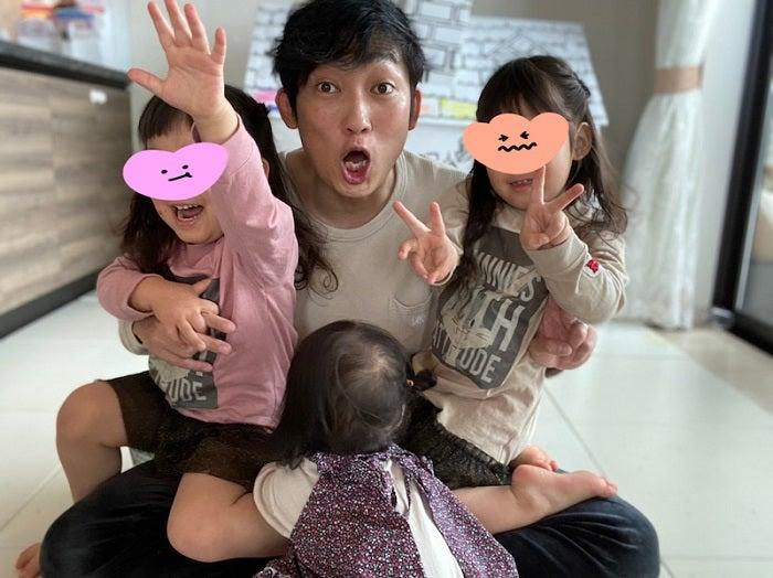 ノンスタ石田、新型コロナ療養生活が終わり家族と再会「笑顔があふれまくっている1日でした」
