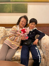 野田聖子氏、息子と母の日をお祝い「誰もいない静かな空間」