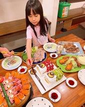 """みきママ、""""こどもの日""""のパーティーメニューを披露「愛情たっぷり」「豪華」の声"""