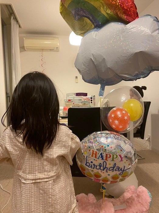 才賀紀左衛門、6歳の誕生日を迎えた娘への思い「ずっと一緒に成長できますように」
