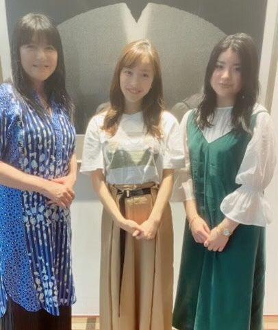伊藤かずえ、娘&板野友美との3ショットを公開「ご懐妊おめでとう」