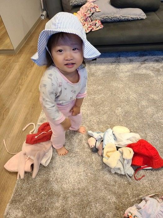 小原正子、長男&長女の可愛い行動に「妹思い」「優しい」の声