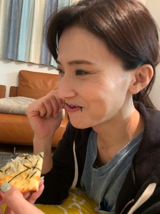 金子恵美、デリバリー品に息子が放った一言「子供はよく聞いてますね」