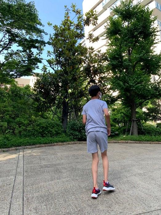 岩隈久志の妻、息子の体のケアのため週2回の治療へ「体力の低下はとても大きな問題」