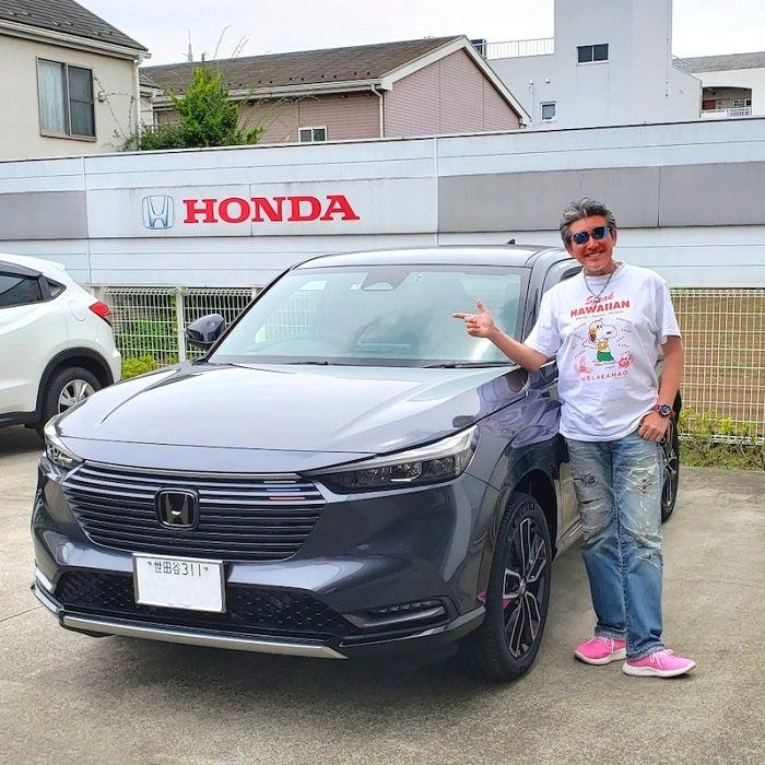 布川敏和、納車された新車を公開「おめでとう」「本当にカッコイイ」の声