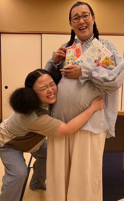 ニッチェ・江上、出産を控えたたんぽぽ・白鳥への贈り物を公開「自分なりに色々考えて」