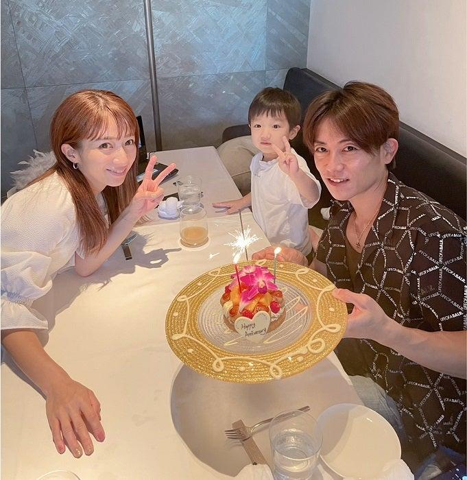 辻希美&杉浦太陽、結婚記念日を迎え15年目に突入「幸せな家庭を築いて行こうね」