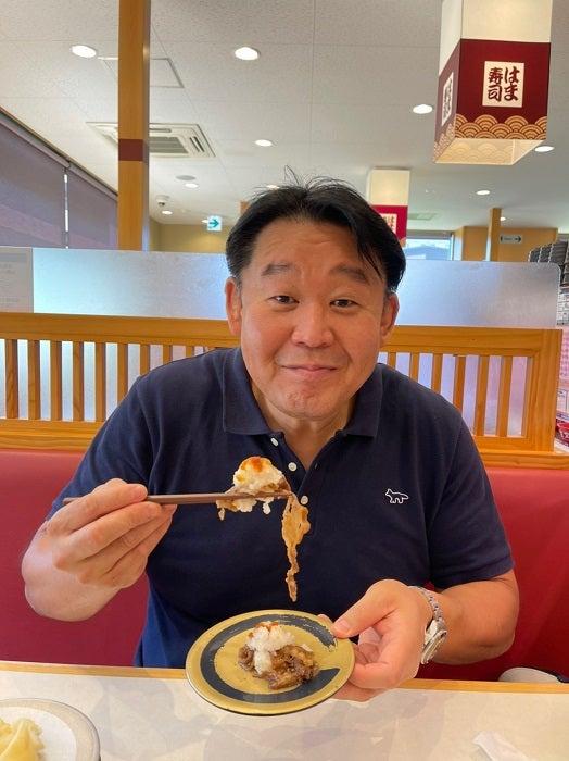 花田虎上、人生初の『はま寿司』を堪能「変わり種の寿司が多かった」