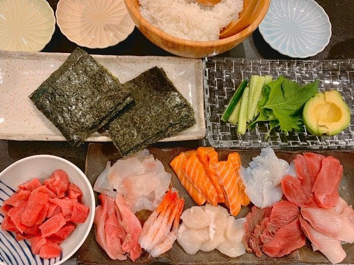 飯田圭織、週末の定番メニューを紹介「夏バテにならないようにしていかないと」